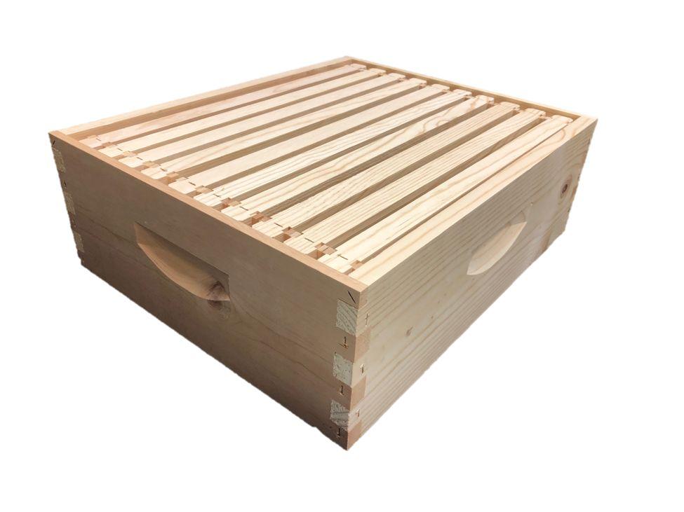 10 Frame Med Assembled Unfinished Hive Combo w/Frames & Foundation