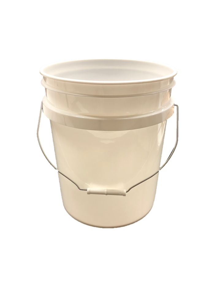 5 Gallon Plastic Bucket