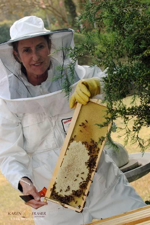 Texas Bee Supply Blue Ridge, Texas  Instructor!