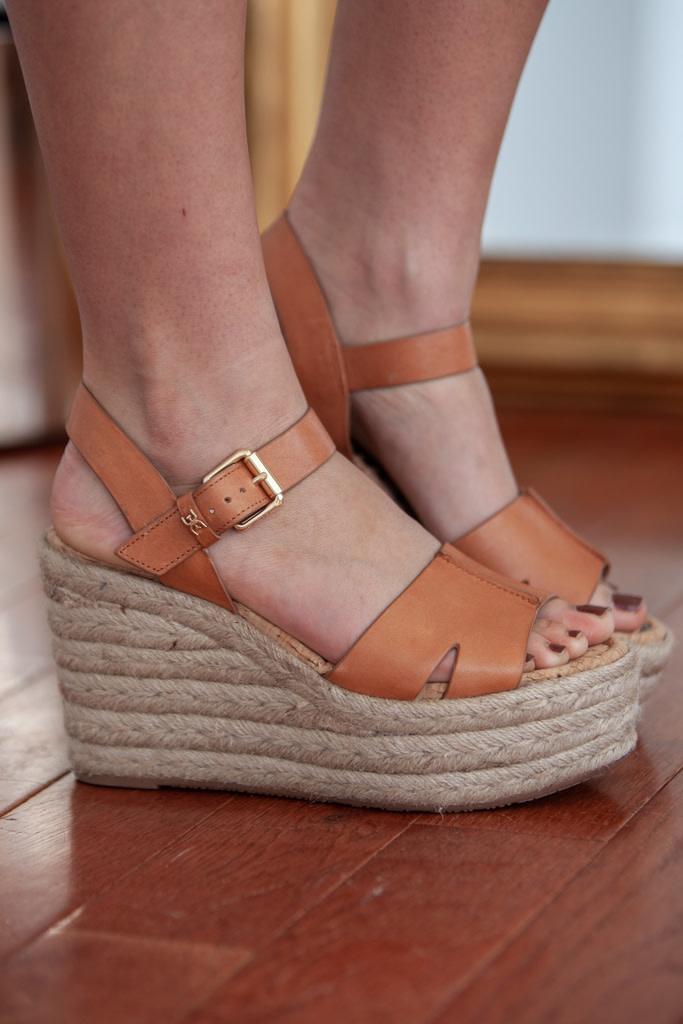 d19a71fbf8f8 Sam Edelman - Maura Wedge Sandal - Saddle Leather