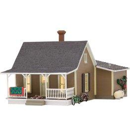"Woodland Scenics Granny's House - Built-&-Ready Landmark Structures(R) -- Assembled - 3-3/4 x 5-7/16""  9.5 x 13.8cm"