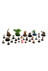 WizKids Pathfinder Battles: City of Lost Omens Booster (8 pack)