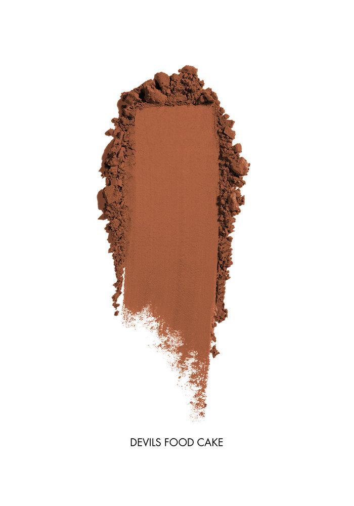 Saint Cosmetics - Ombre à paupières mate ( 8 couleurs )