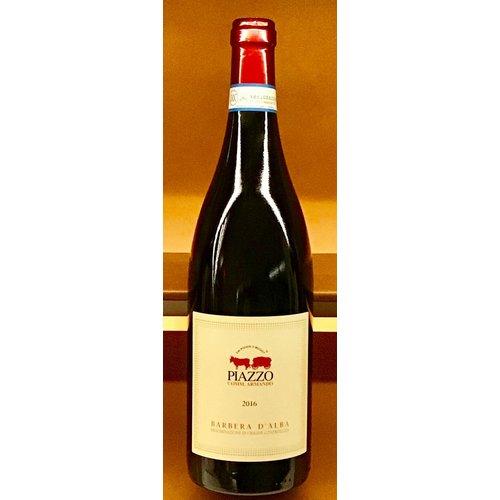 Wine PIAZZO BARBERA D'ALBA 2017