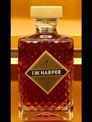 Wine I.W. HARPER 15 YEAR OLD STRAIGHT BOURBON 86 PROOF
