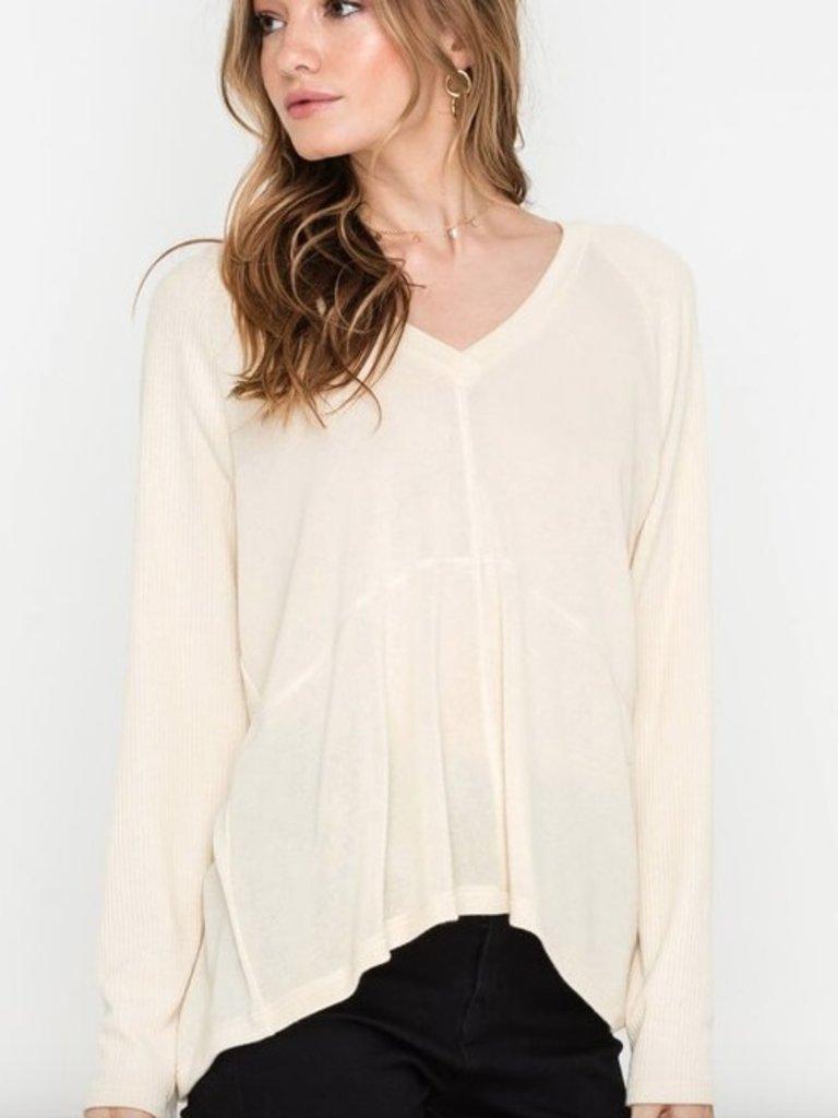 1d5299350b2c39 Long sleeve v-neck knit top - Boho Lifestyle