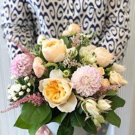 Workshop: Seasonal Flower Arranging Featuring Dahlias!