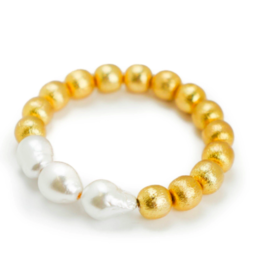 Hazen & Co Tres Bracelet in White Baroque by Hazen & Co