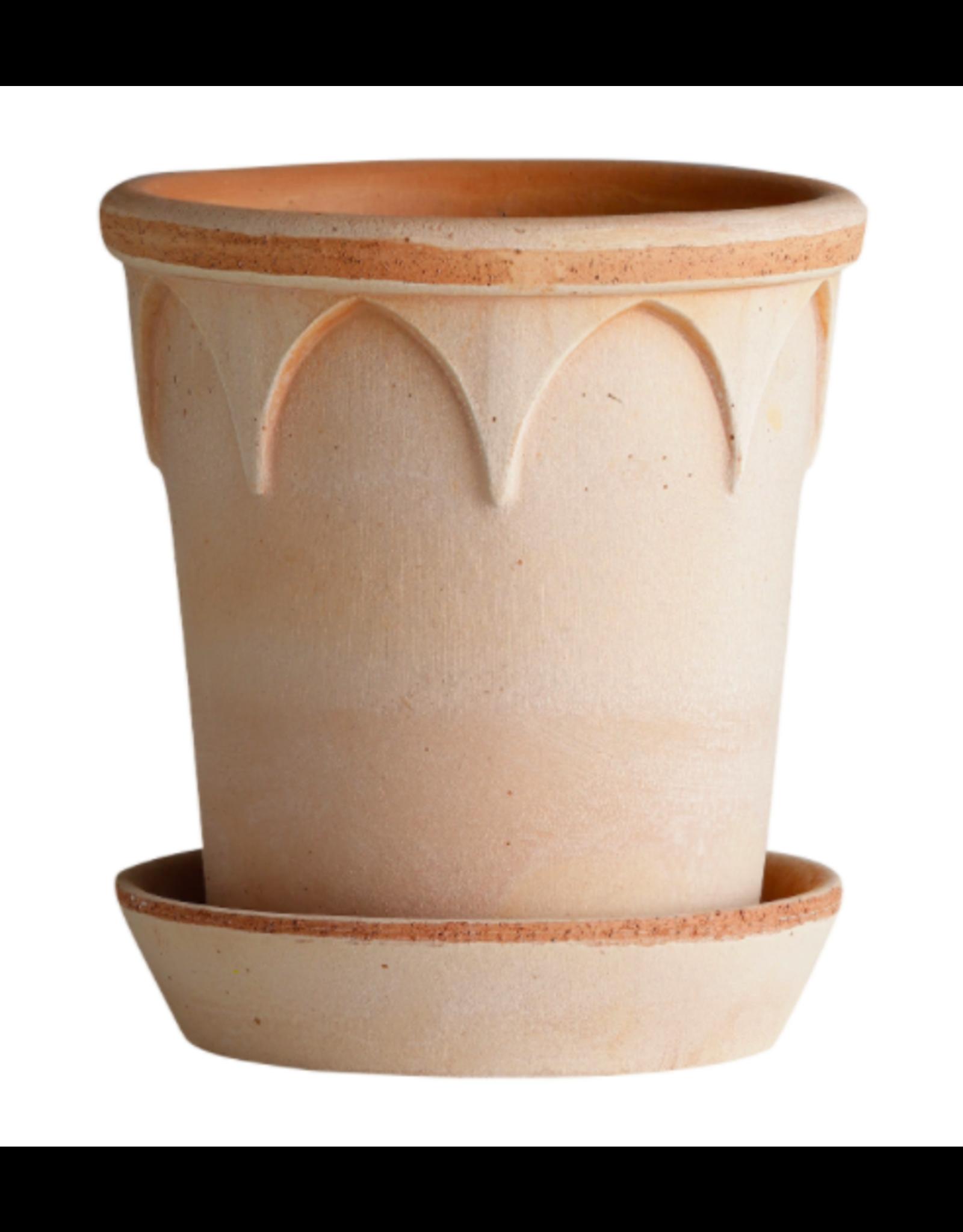 Bergs Potter Elizabeth Pot in Rose + Saucer by Bergs Potter