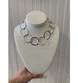 Hammered Chain Necklace in Silver