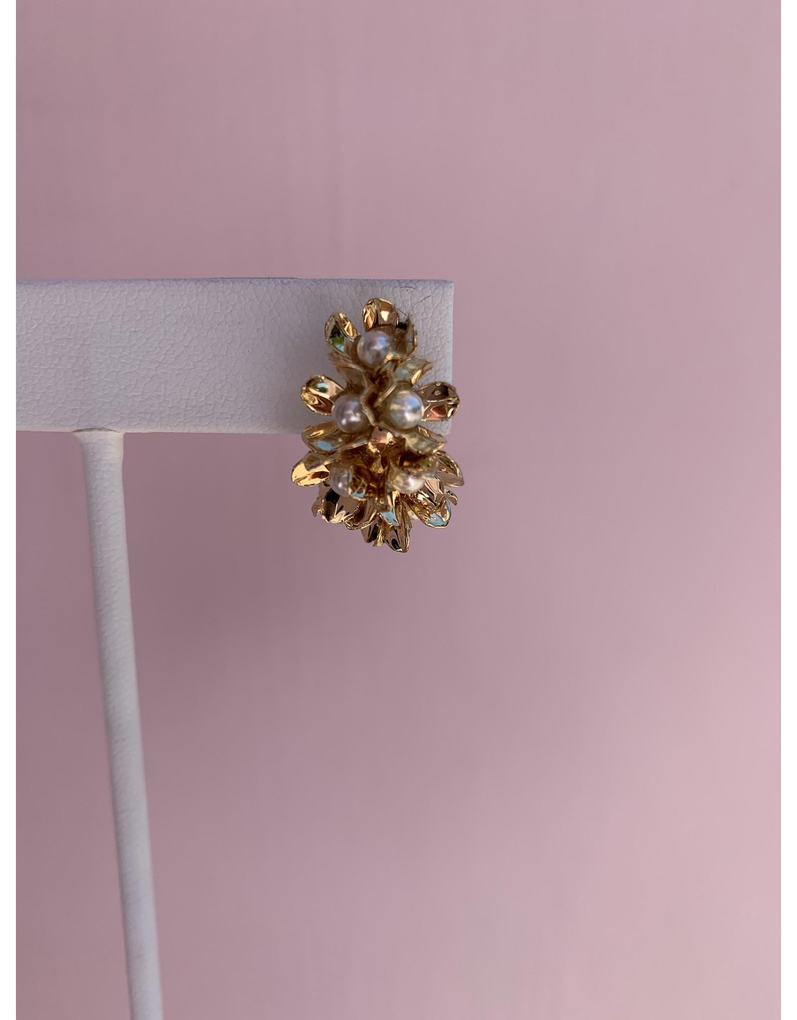 Gold and Pearl Mini Hoop