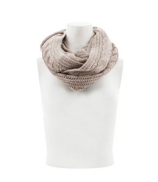 Aventura W's Cable Infinity Scarf