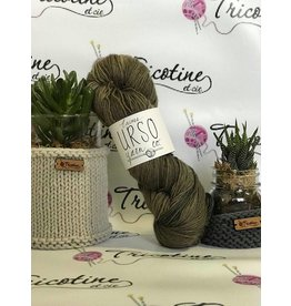 Urso yarn co. Urso Petite Face Bleue