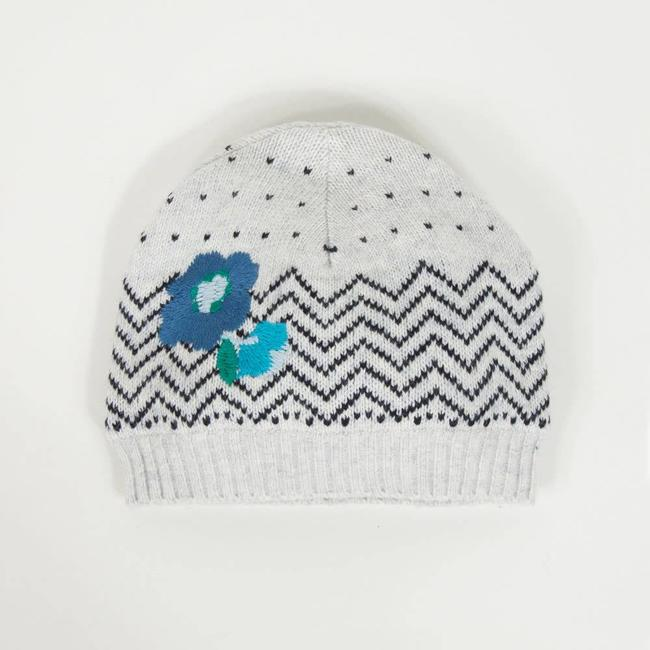 GRAPHIC KNIT HAT WITH FLOWERS