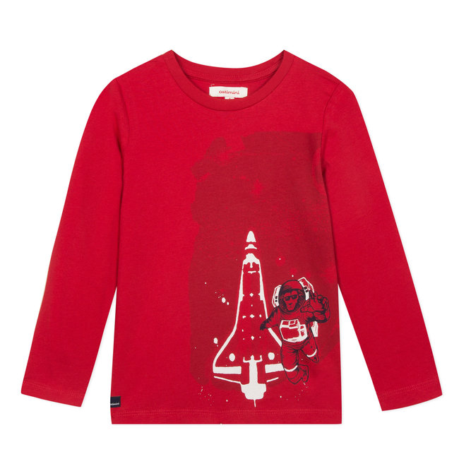 Red T-shirt with space mission image