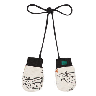Mittens with cats & dogs print