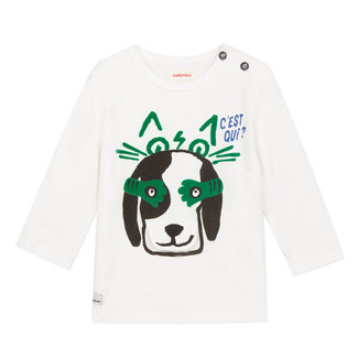T-shirt with playful dog image