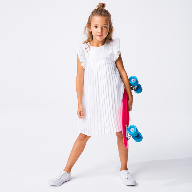Girl's white pleated dress for special occasions