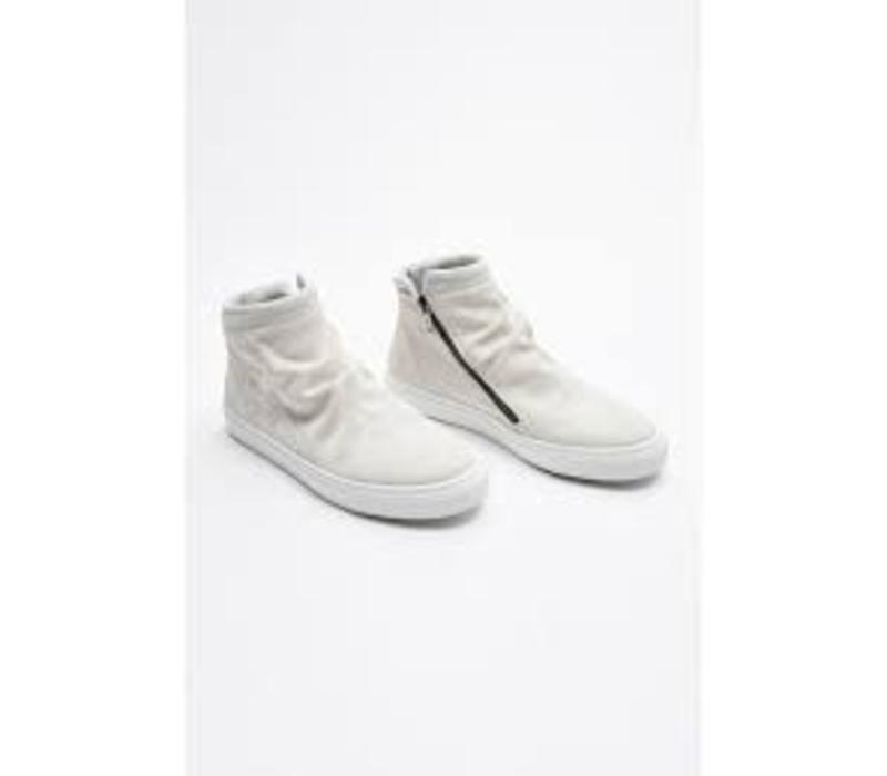 Crinkled look suede trainers Style: 60-91204