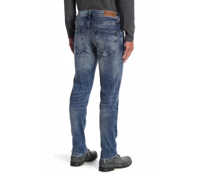 Tapered Fit Jeans - Vintage Indigo Style: 30-02101VIN