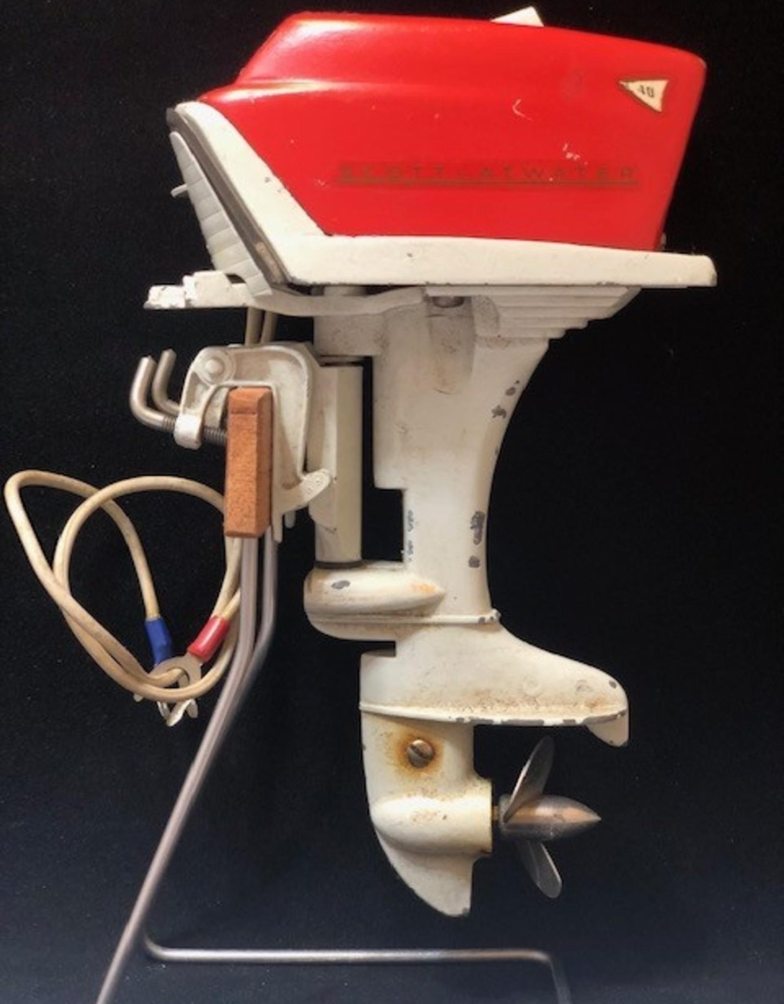 WALTER (BUZZ) LAMB 1958 SCOTT ATWATER 40HP RED MINI MOTOR