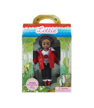 ARKLU Lottie Wildlife Photographer Mia Doll