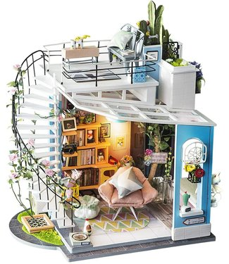 Hands Craft Dora's Loft DIY Miniature Dollhouse Kit