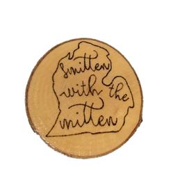CraftCesi Handmade Magnet Large Smitten Mitten Natural