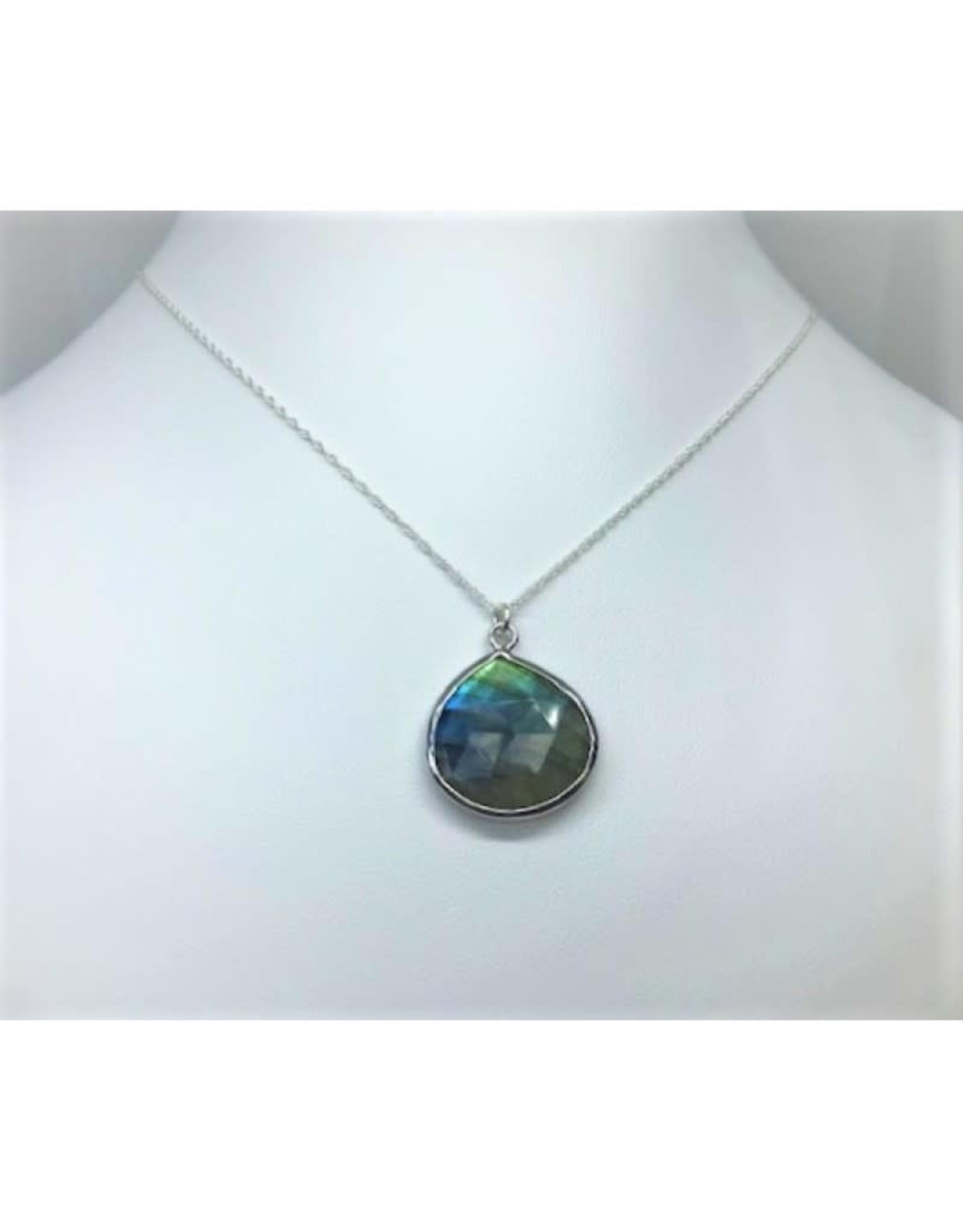 Labradorite Pendant Necklace - Silver