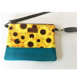 Bear Den Handmade Crossbody Retriever - Sunflowers & Blue Sky