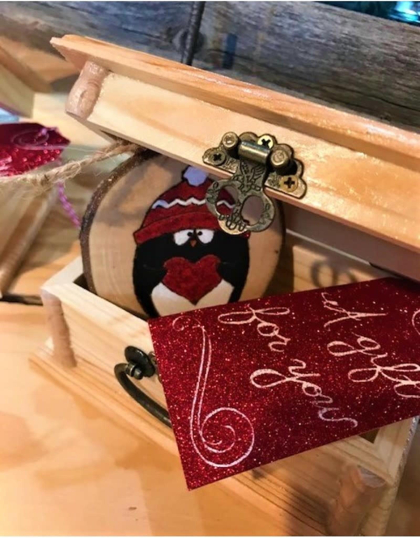 CraftCesi Handmade Craftcesi Ornament - Penguin