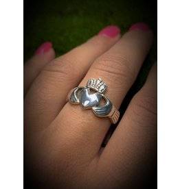 Claddagh Ring (9)