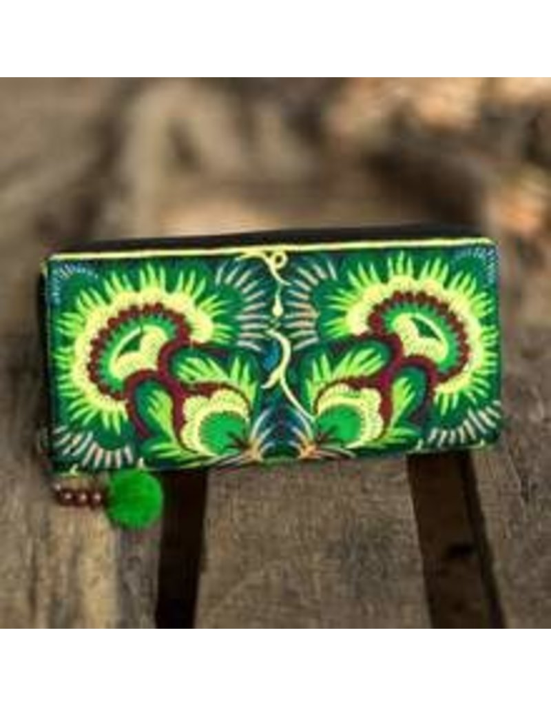 Embroidered Wallet Green Hmong