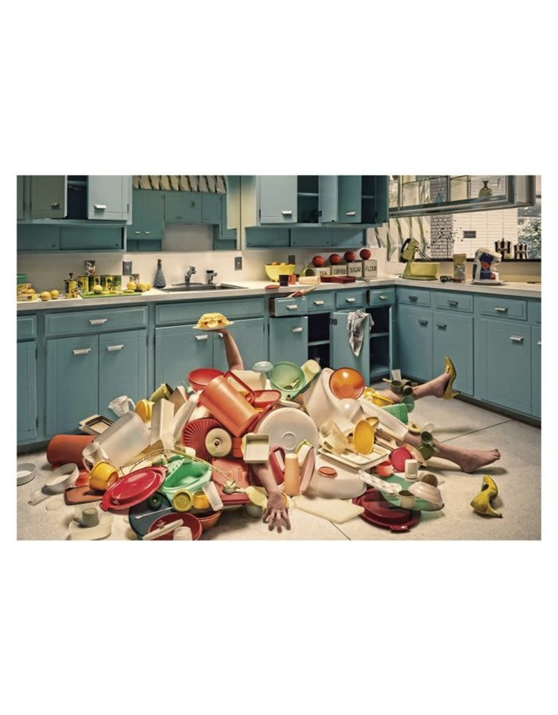Card TY Woman Under Pile of Dishes - Color