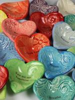 Giving Heart Bowl Asst.Colors & Words / Ceramic
