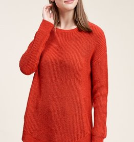 Lightweight Pullover with U-Shaped Hemline