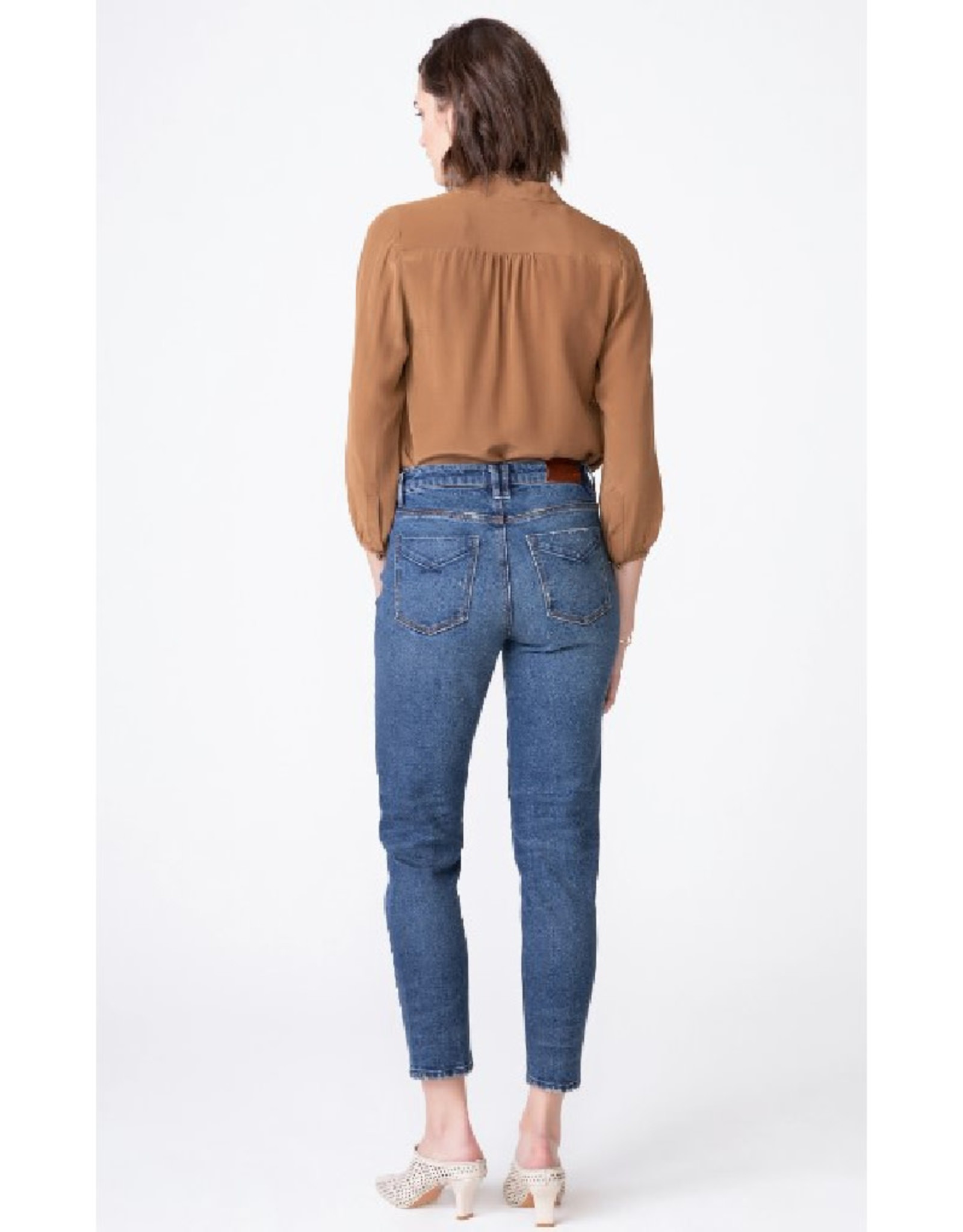 Debbie High Rise Mom Jean - UW2000406