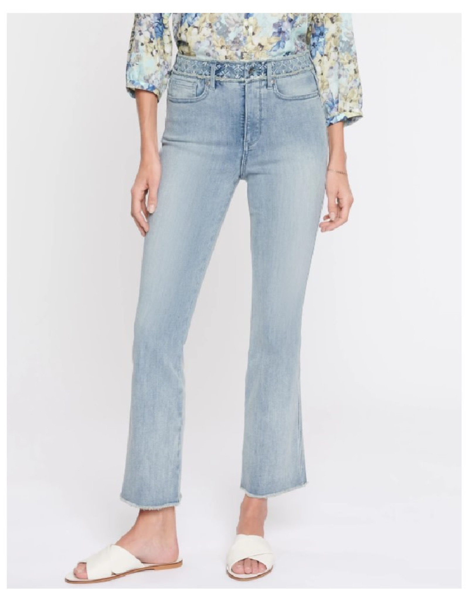 Slim Boot Cut Jeans with Frayed Hem