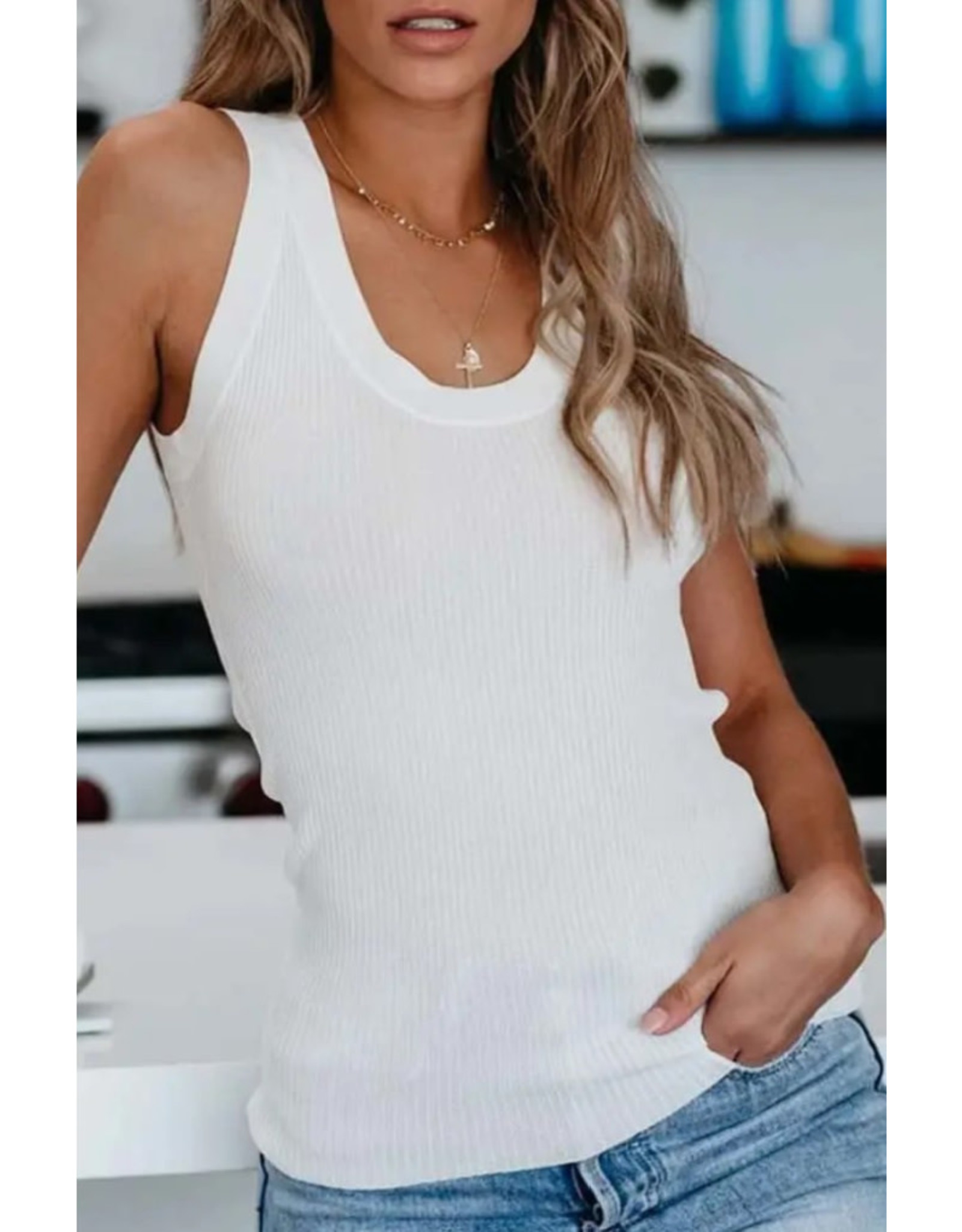 Ribbed Knit Scoop Neck Tank - White