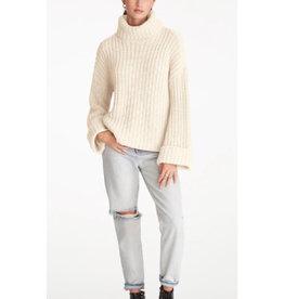 Wide Sleeve Turtleneck Sweater in Cream