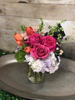 Medium Modest Seasonal Blooms