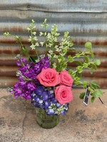 Medium Extravagant Seasonal Blooms