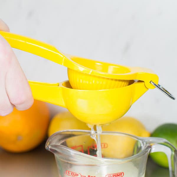 """Winco Lemon Squeezer, LS-9Y, Yellow, 3"""""""