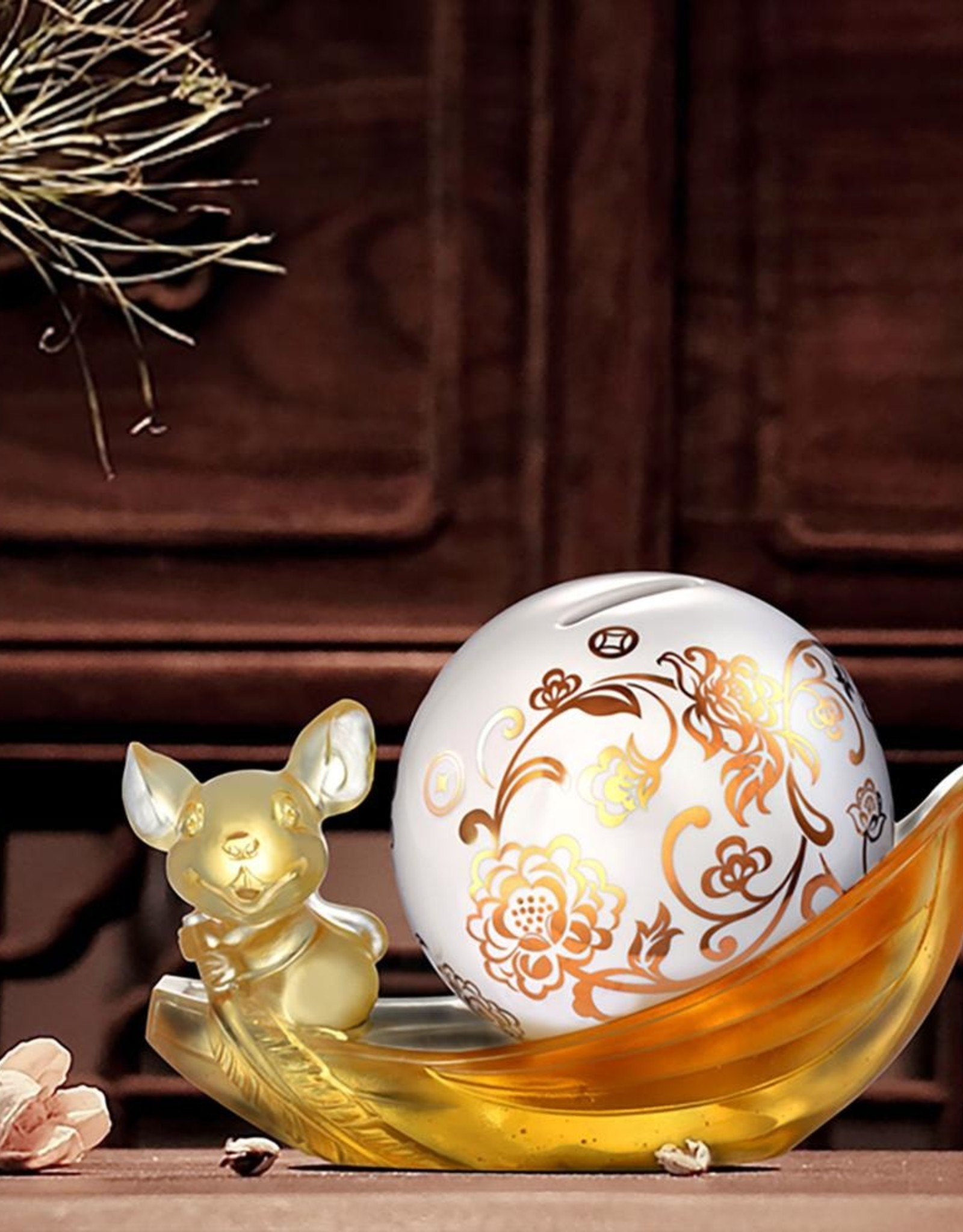 """LIULI Crystal Art Crystal Mouse, Piggy Bank, Year of the Rat, """"Aboard the Auspicious Ship"""""""