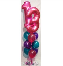 2 NUMBERS OR SUPERSHAPE + 9 LATEX BALLOON BOUQUET