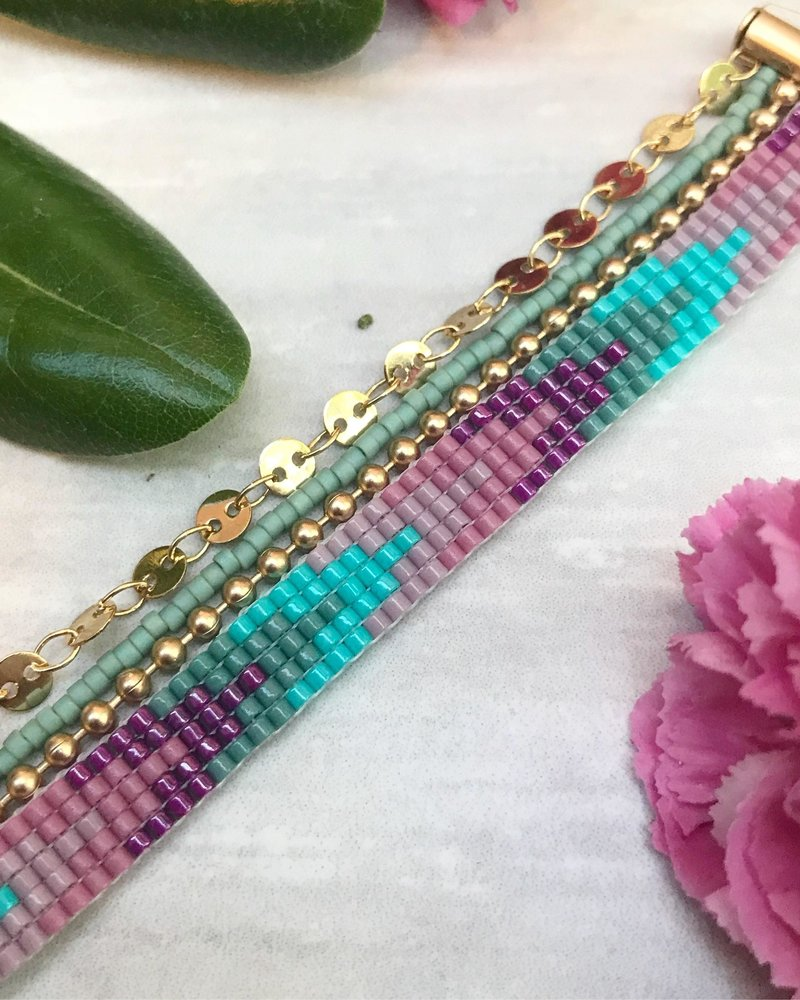 Class: Layered Loom Bracelet May 25th, Saturday 11:30am-2:30pm