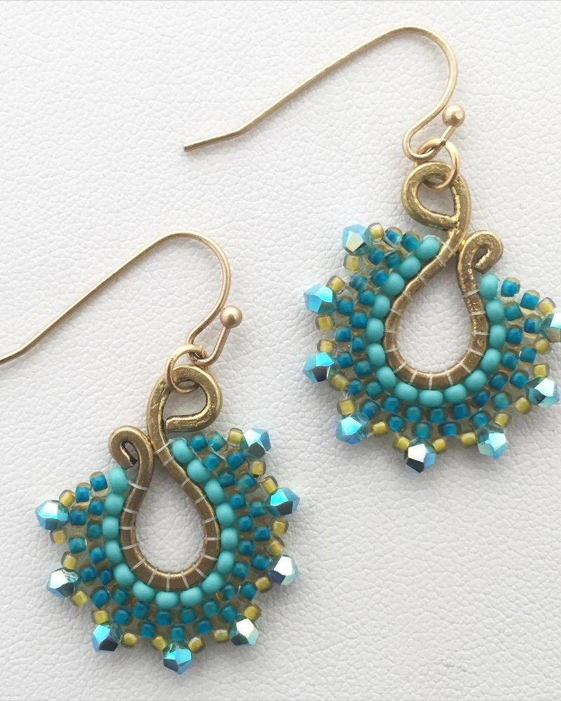 Class: Paisley Earrings October 20th, Sunday 11:30am-2:00pm
