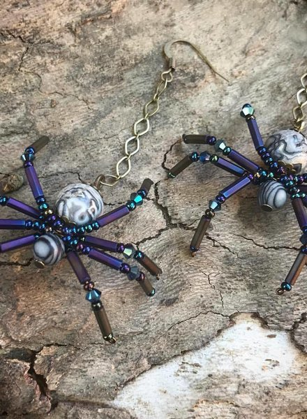 Class: Spider Earrings October 13th, Sunday 11:30am-2:00pm