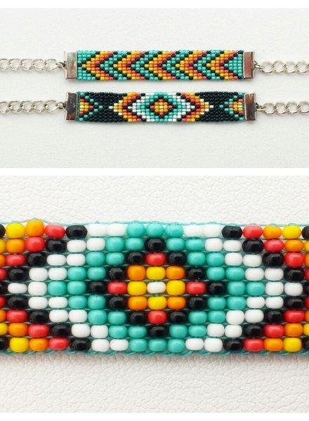 Class: Diamond Loom Bracelet November 24th, Sunday 11:30am-2:00pm