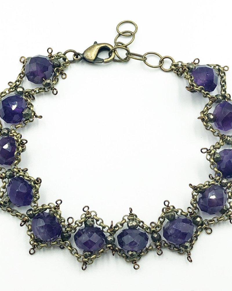 Class: Lacy Chain Bracelet November 17th, Sunday 11:30am-2:00pm